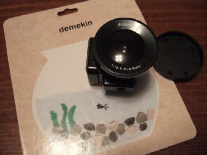 デメキンカメラ